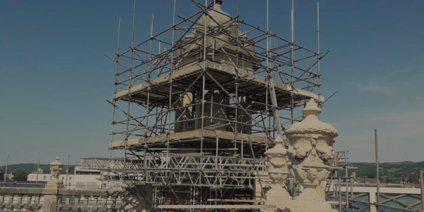Experts in difficult scaffold installationIndustrial scaffolding